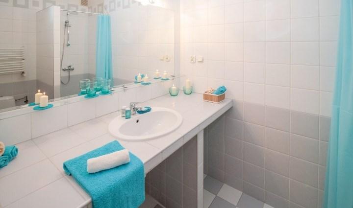 https://i2.wp.com/www.knutselenindekeuken.nl/wp-content/uploads/2017/06/bathroom-2094716_1920-Small.jpg?resize=720%2C425&ssl=1