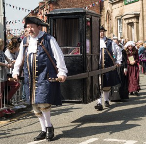 Sedan Chair, Knutsford 2014