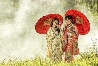 Women wearing traditional Japanese kimono