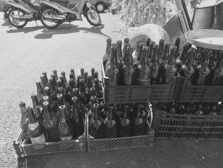 1-lege-flessen