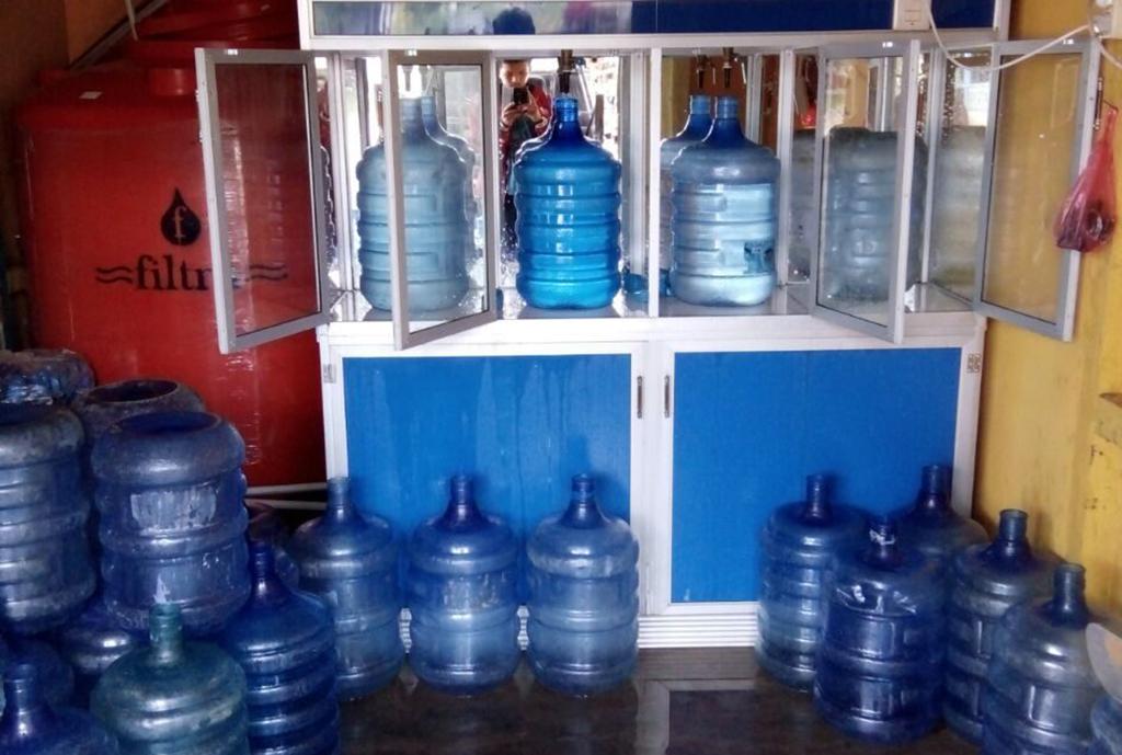 Depot Air Minum Isi Ulang Menjamur, Pengawasan Dinas Kesehatan Setempat Dipertanyakan