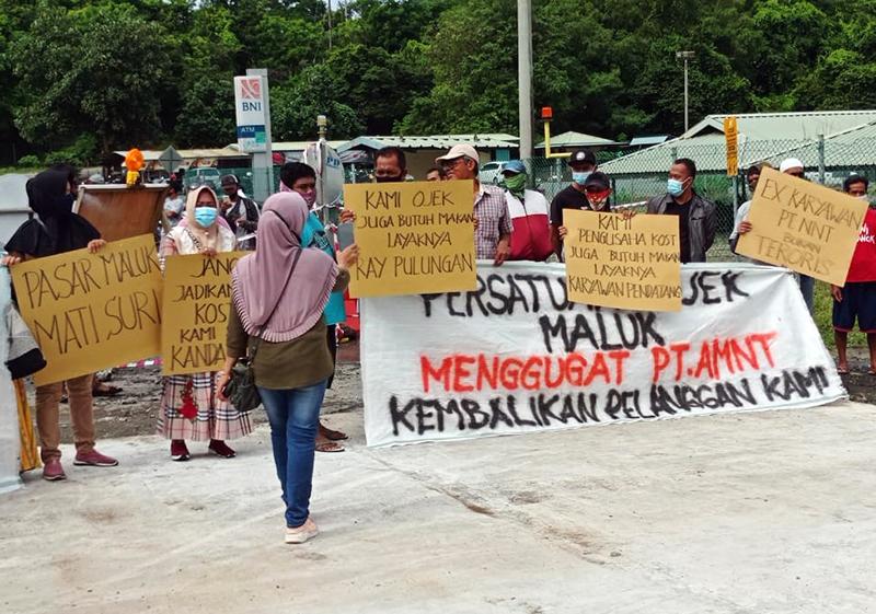 Masyarakat Lingkar Tambang Tuntut PTAMNT Stop 'Mengandangkan' Karyawan