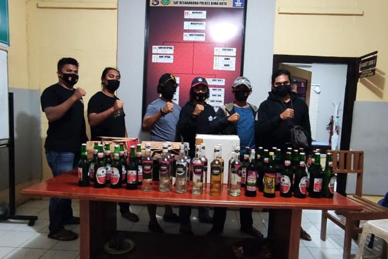 Jelang Ramadhan, Polisi Razia Miras di Kota Bima