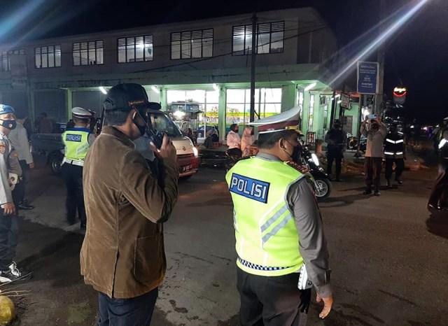 Patroli Polisi Malam Ramadhan 4