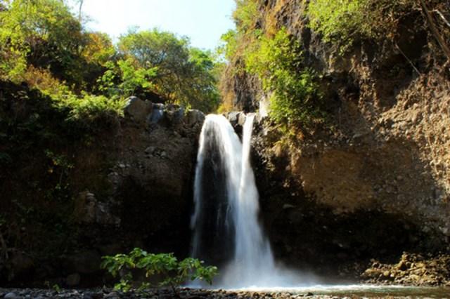 Taman Nasional Gunung Tambora Air Terjun