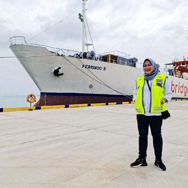 Beli Tiket Ferry Tano Kayangan Harus Pakai e Money Shelvy Arifin Corporate Secretary PT ASDP Indonesia Ferry Persero