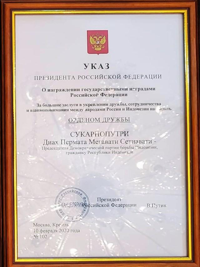 Dekrit Presiden Putin Tentang Bintang Jasa Negara Untuk Persahabatan Rusia Indonesia Buat Megawati Sukarnoputri
