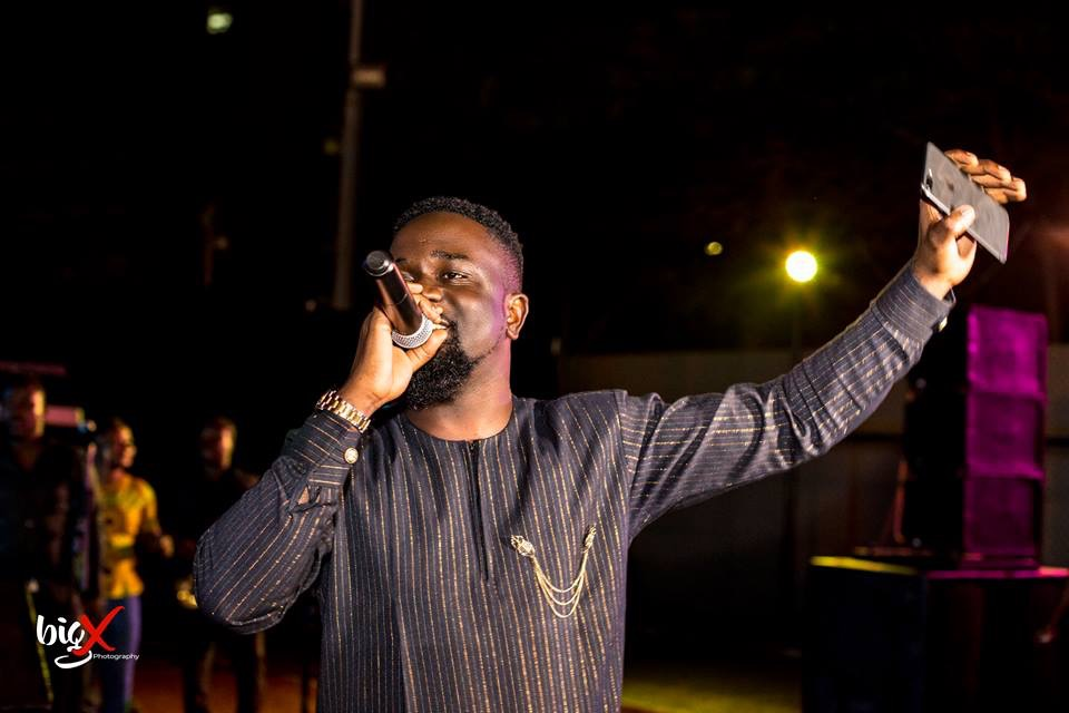 Sarkodie Names Obrafour And Okomfour Kwadee As People Who Shape Him Into The Rapper He Is With Their Music.