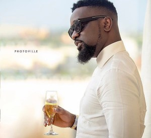 Sarkodie finally reveals the secret to his relevance in the past decade
