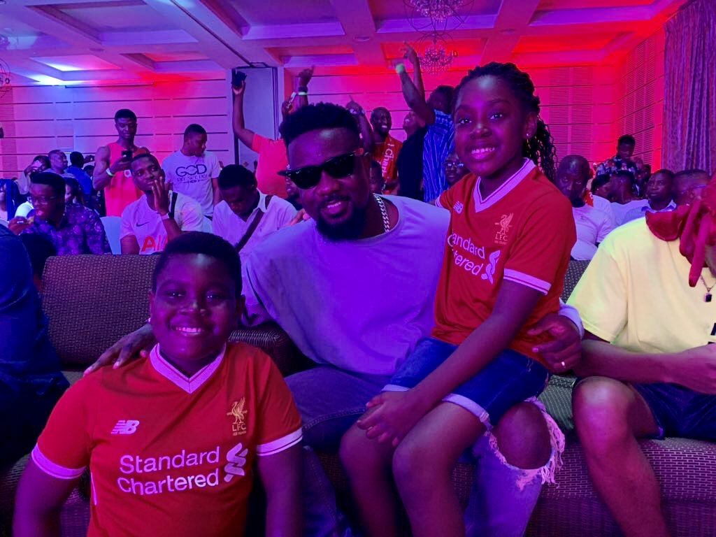 Sarkodie thrills fans at UCL final after party