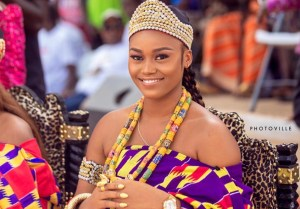 eShun Crowned as Queen at Gomoa Afransi in the Central Region