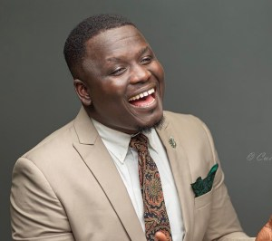 Meet Carl Clottey, A Ghanaian Sensational Contemporary Gospel Singer