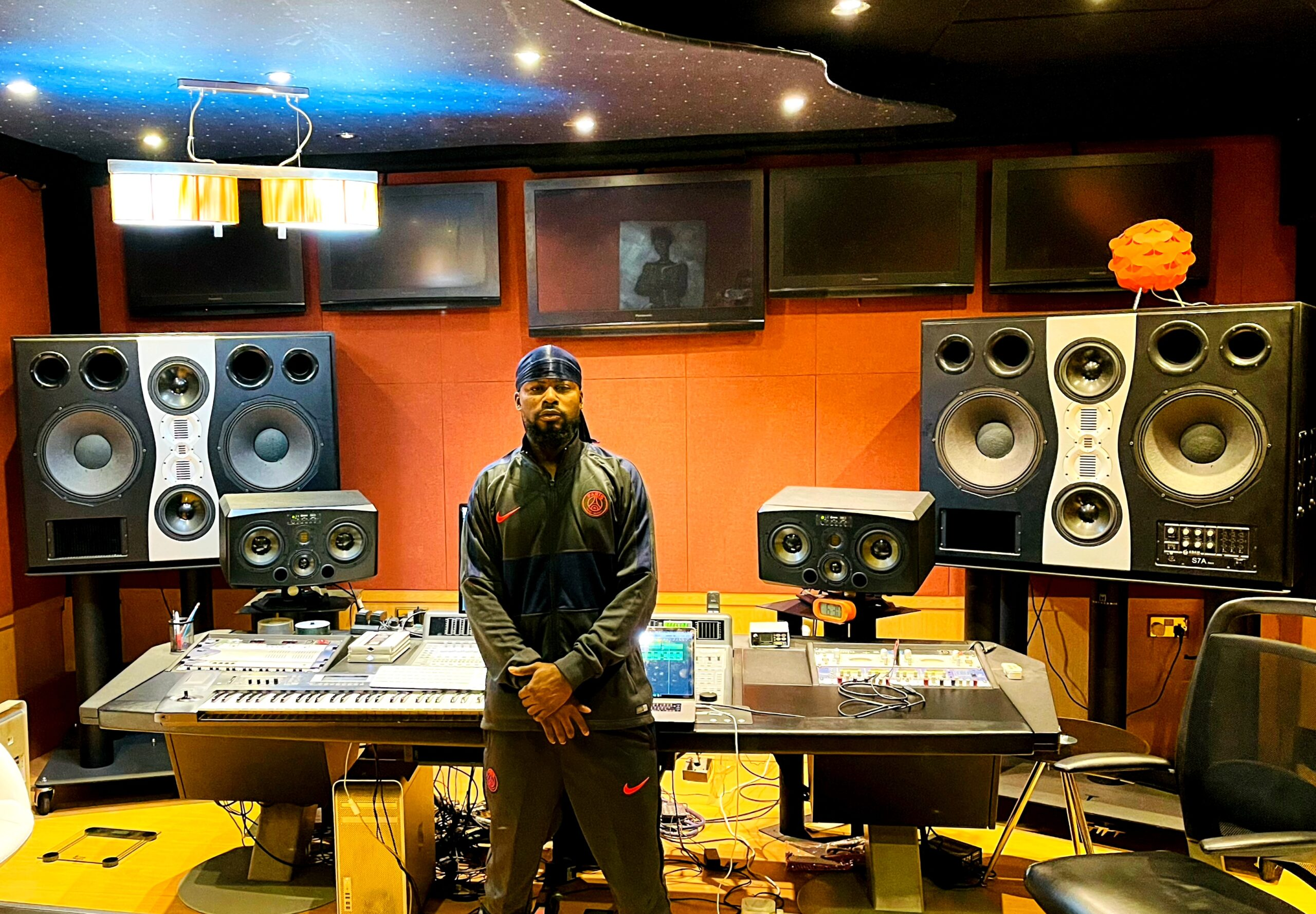 Mix Master Garzy Intensifies His Production Catalogue As He Holds A Session In Dubai