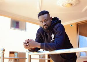 Sarkodie Has Built A Solid Fan Base Who Believes In His Ideologies – Blogger Kobby Kyei Says