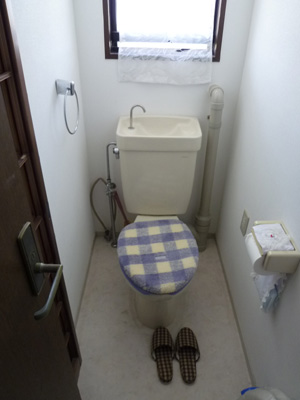 トイレの取替え