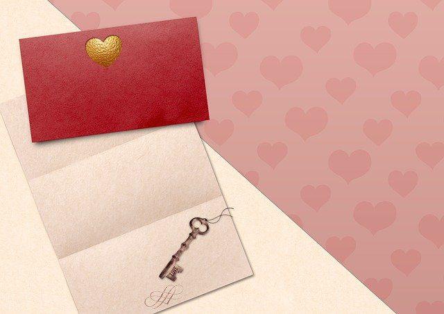 ما هي اجمل رسائل عيد الحب 2021 للاحتفال بيوم الفلانتين؟