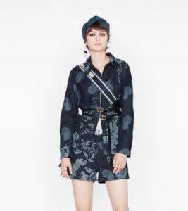 ملابس عالمية للنساء ديور Dior