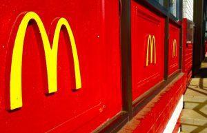 شعارات ماركات عالمية للطعام ماكدونالدز