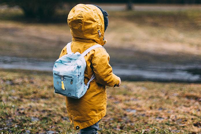 Bezpieczne dziecko na podwórku i w szkole