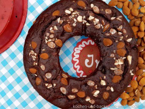 Omnia Backofen: Schokoladen Birnenkuchen