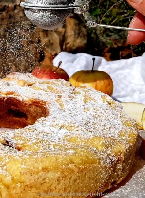 Apfelstrudel kochen-und-backen-im-wohnmobil.de