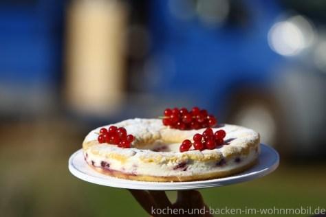 Omnia Rezept: Joghurtkuchen mit Johannisbeeren