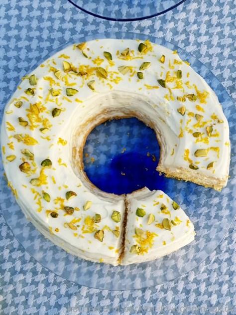 Biskuitkuchen mit Zitronen Ricotta Creme