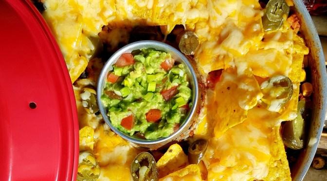 Chili mit überbackenen Tortilla Chips aus dem OMNIA Backofen