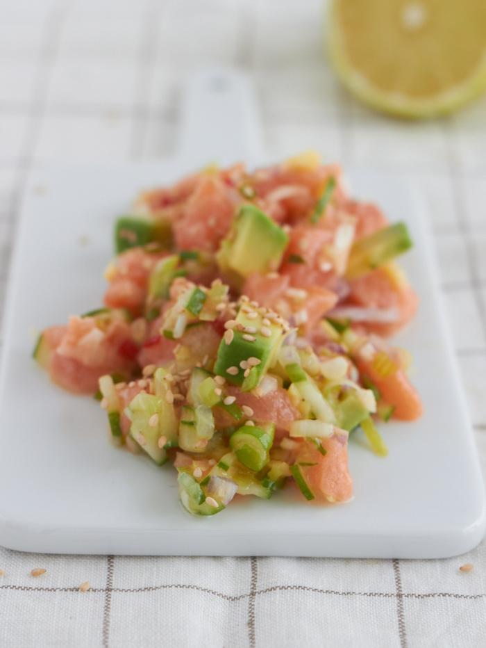 der ges ndeste salat der welt avocado lachs salat. Black Bedroom Furniture Sets. Home Design Ideas