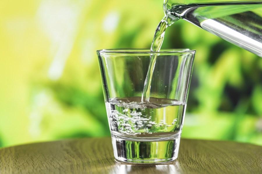 Wasserfilter Kartusche Trinkwasser reinigen