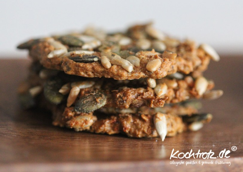 low-carb-cracker-kekse-herzhaft-1-2