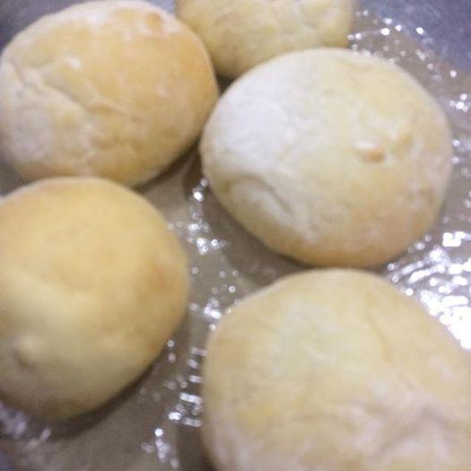 ハイジの白いパン。手作りなのだ! - from Instagram