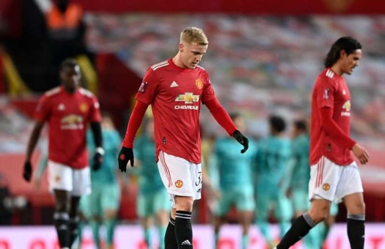 Bruno Fernandes is right about what Donny van de Beek gives Manchester United