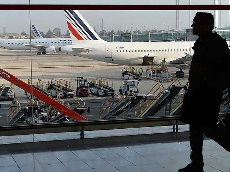 France, EU reach refinancing deal for Air France-KLM