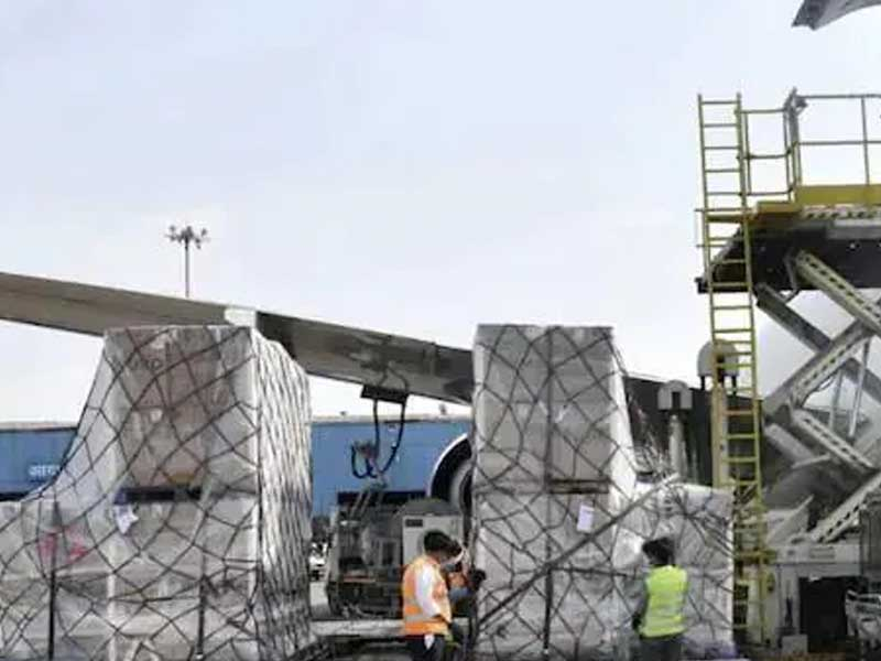 UN agencies delivered nearly 10,000 oxygen concentrators, 10 million medical masks to India