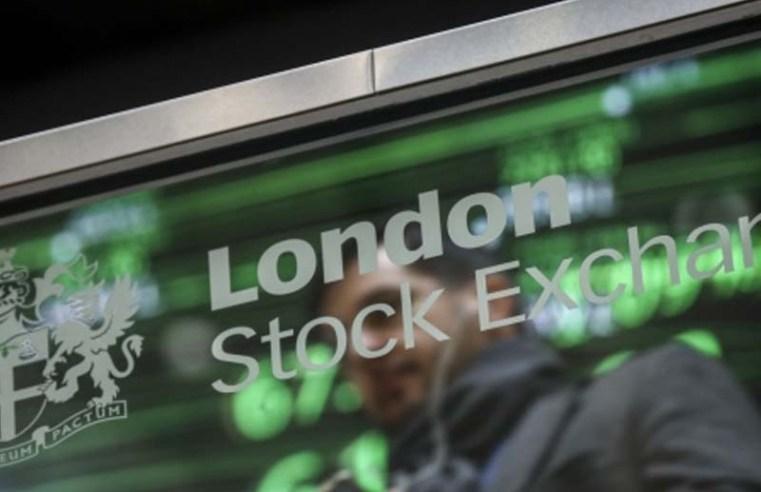 Alphawave, Holders Seek $1.1 Billion in London Semiconductor IPO