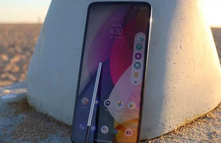 Motorola's next cheap phone could be a big Samsung Galaxy Note 21 rival
