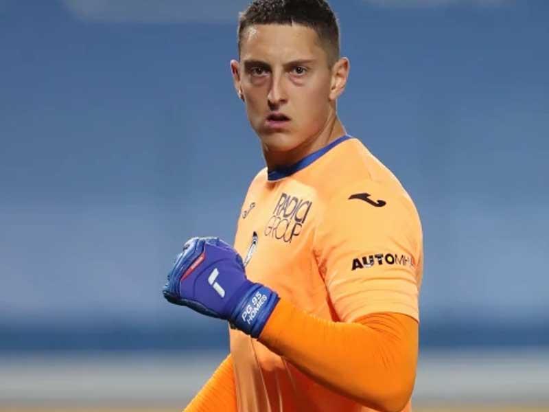 Tottenham to sign Atalanta goalkeeper Pierluigi Gollini on loan