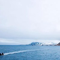 European Commission calls for an end to oil and gas exploitation in the Arctic