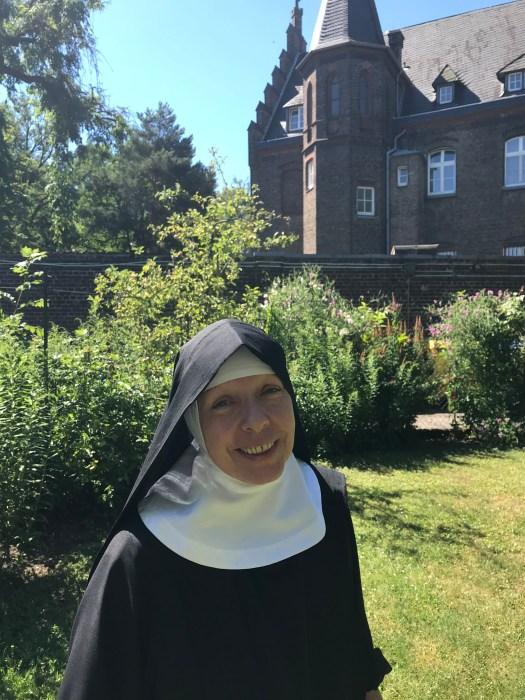 Schwester Antonia von den Benediktinerinnen in Köln-Raderberg, Bild: Uli Kievernagel