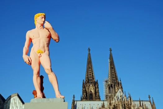 """Der """"David"""" in Köln anlässlich des CSD 2006, Bild: Zoonar, Walter G. Allgöwer"""