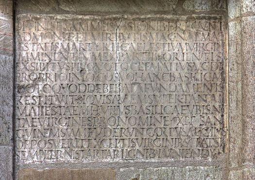 Die Inschrift des Clematius in St. Ursula, Bild: Raimond Spekking