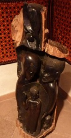 Die afrikanische Krippe in der evangelischen Kirche in Miltenberg
