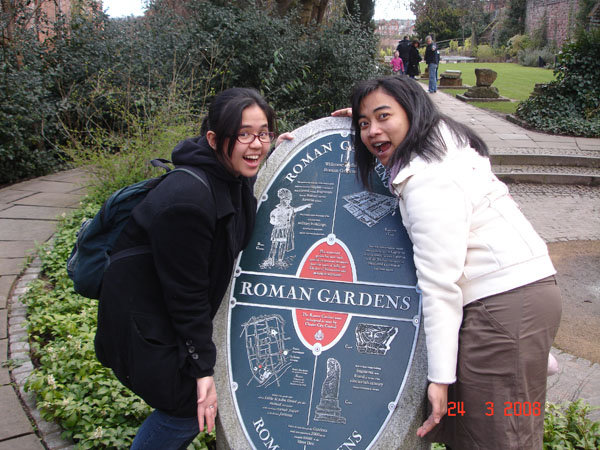 romangardenwithfriend
