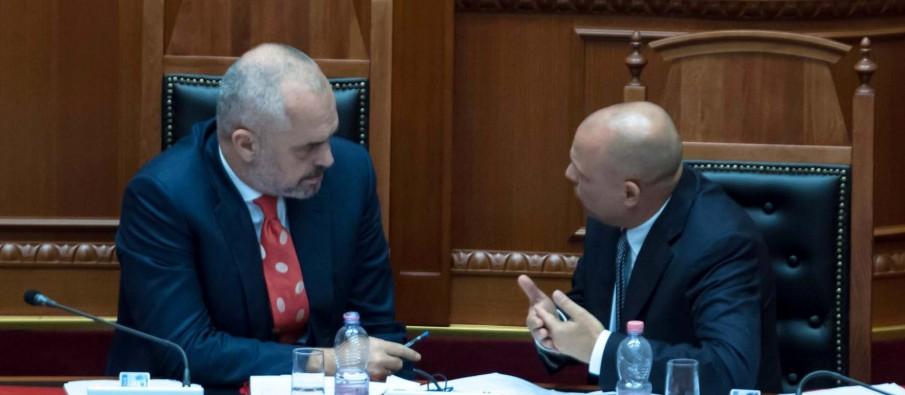 Edi Rama i kërkon Ilir Metës ta largojë ministrin Manjani për deklaratat e tij