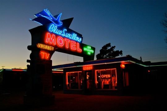 Blue Swallow Motel - 815 East Route 66, Tucumcari, New Mexico U.S.A. - April 6, 2009