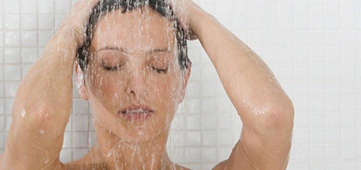 Lavarsi spesso si modifica l'equilibrio naturale della pelle, e si eliminano anche i batteri che supportano il sistema immunitario.