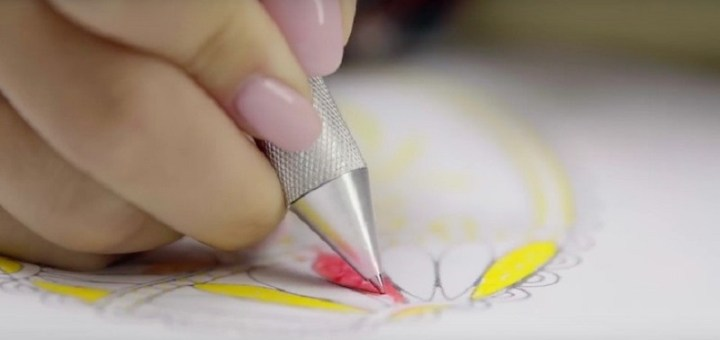 Cronzy, una penna penna multicolore in grado di riprodurre 16 milioni di colori