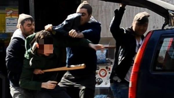 Finto rapimento per chiedere alla madre un riscatto di 600 euro