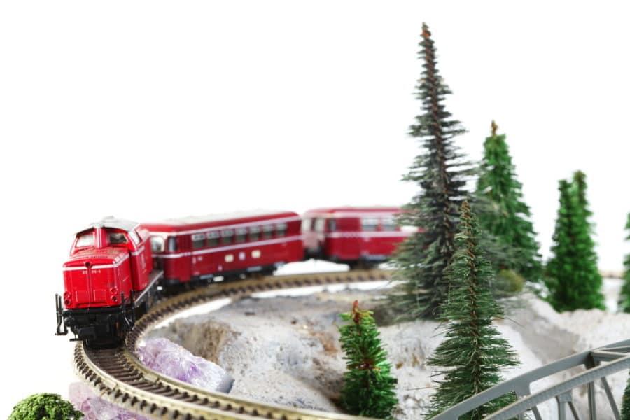 2547-Modellismo-ferroviario